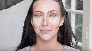 makeup artist shows us contour tips