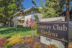 country club gardens apartments