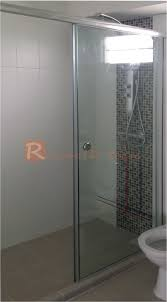 glass top hung straight shower screen