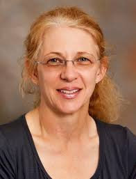 Dr. Jackie Johnson receives Teaching Fellow Award - UTSI