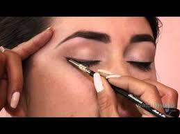 Pin by Jolene West, LE on All About Eyes | Vintage makeup tutorials, Audrey  hepburn makeup, Vintage makeup