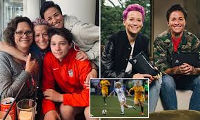 Megan Rapinoe outed her twin sister as ...