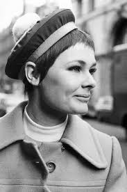 Young Judi Dench in the 60's ...