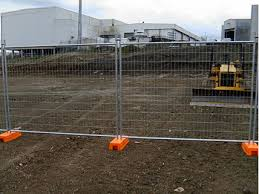 Cairns Fencing Ph 07 4035 6744 Cairns Temporary Fencing Call 07 4035 6744 Supply Erect Take Down