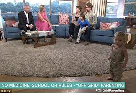 Off-Grid Parents Who Left Their Baby's Placenta Attached For 6 ...