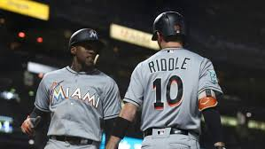 Marlins rally in 9th as Giants squander four-run lead - TSN.ca