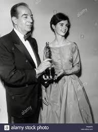 Vincente Minnelli and Millie Perkins at the 31st Annual Academy Awards,  1959 File Reference # 31955 640THA Stock Photo - Alamy