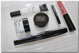 make up for ever holiday collection is