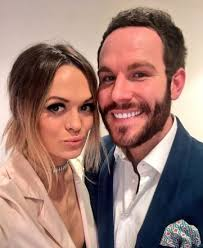 Beckie and Adam from Take Me Out are getting MARRIED tomorrow! Yay! | Closer