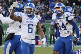 UK Football Player Preview: Lonnie Johnson will be an understated ...