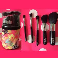 victorias secret pink makeup brushes