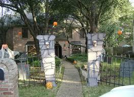 Easy Halloween Decor 9 Diys For Your Haunted House Bob Vila