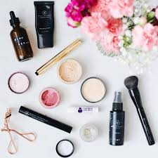a beginners guide to all natural makeup