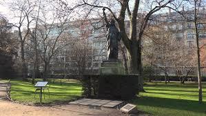 replica of statue of liberty