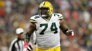 Bengals sign free agent OT Marshall Newhouse