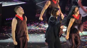 Bruciare per te - Elisa @ Arena di Verona -12.09.17 - YouTube