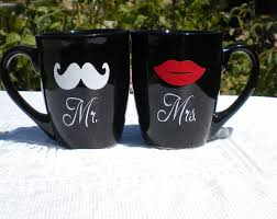 Mr And Mrs Mug Set Pair With A Bag Of Coffee From Kona Vinyl Gifts Vinyl Vinyl Decals