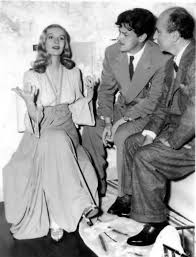 Preston Sturges behind the scenes of Sullivan's Travels (1942) with  Veronica Lake and presumably, some Paramount St… | Veronica lake, Classic  actresses, Good movies
