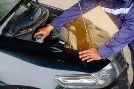 Vazamento de água no carro: como identificar e o que fazer ...