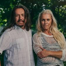 Malena Ernman och Svante Thunberg om klimatkris och familjekris -  Akademibokhandeln