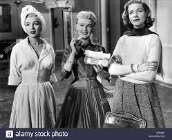 MARILYN MONROE, Betty Grable e Lauren Bacall, come sposare un ...
