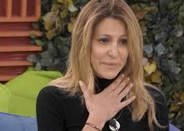 Adriana Volpe lo chiede dopo la morte del suocero fuori dal GF Vip