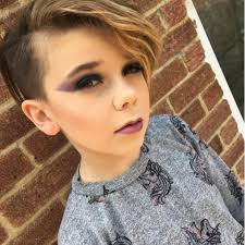 10 year old beauty guru about to clog