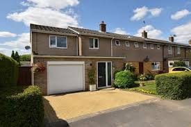search 3 bed houses in haldens