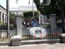 In Photos Red Ribbons Are Tied To Sc Gates Fences On Eve Of Vote On Quo Warranto Petition Vs Sereno