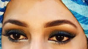 stani smokey eye makeup in urdu
