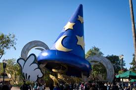 Closed Disney theme-park attractions we ...