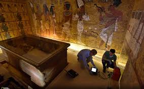 King Tut and Queen Nefertiti: Were They Buried Together?