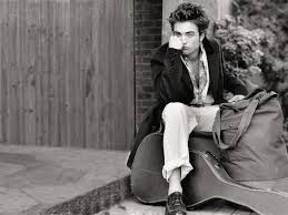 صور رجال حزينه بالصور الحزن عند الرجال صور جميلة