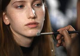 how to wear makeup if you have acne