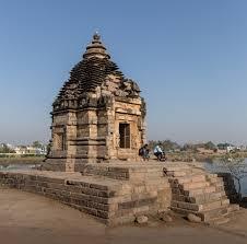 Khajuraho – Brahma Temple – Kevin Standage