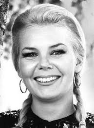 Patti Olson as Hilda, Klink's secretary and Hogan's informer - Patti's  stage name was Sigrid Valdis | Hogans heroes, Hero tv, Actors