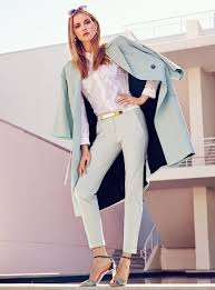 fashion jobs wearing pastels at the