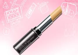 6 best concealers for oily skin for
