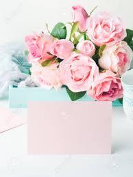 Tarjeta De Papel Rosa En Blanco Para El Dia De San Valentin O