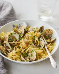 Restaurant-Style Linguine with Clams ...