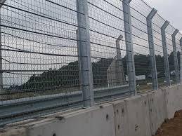 Fencing For Motor Sport Debris Fencing Racetrack Fences Zaun