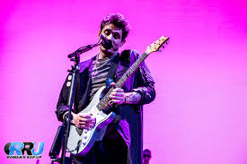 concert review john mayer delivers