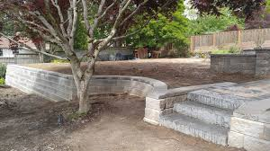 retaining wall ideas for sloped