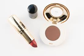 perfect pairs 5 eyeshadow and lipstick