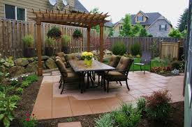 the 5 best landscaping ideas for small