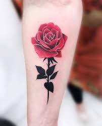 Trabalho da tatuadora @carlacrisper️ Duvidas e orçamentos através do  WhatsApp 11 985096883 Avenida São Paulo, 349, Socorro,… | Rose tattoos,  Flower tattoos, Tattoos