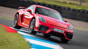 2020 Porsche 718 Cayman GT4 Review: Escaping the 911's Shadow