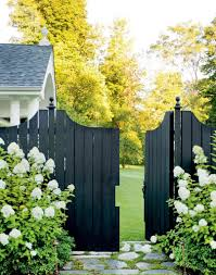 Do S And Don Ts For Choosing The Right Fence Colour Maria Killam