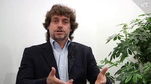Alberto Angela racconta 'San Pietro' - YouTube