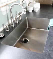 undermount sink in laminate countertops